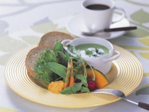 春野菜のポタージュスープ
