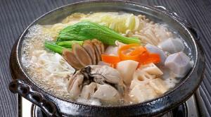 牡蠣の味噌煮込み鍋